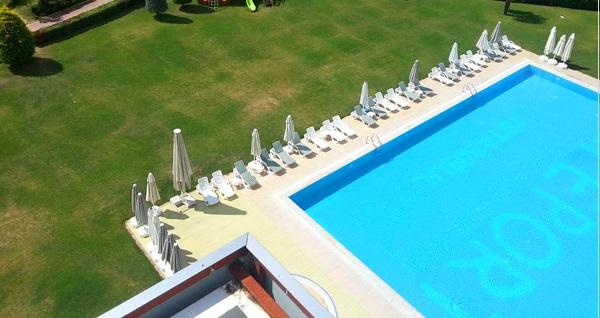 Gebze Life Port Hotel'de havuz girişi 50 TL'den başlayan fiyatlarla! Fırsatın geçerlilik tarihi için DETAYLAR bölümünü inceleyiniz.