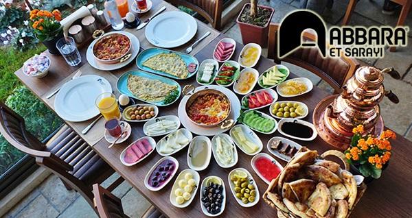 Esenyurt Abbara Et Sarayı'nda kahvaltı seçenekleri kişi başı 20 TL'den başlayan fiyatlarla! Fırsatın geçerlilik tarihi için, DETAYLAR bölümünü inceleyiniz.