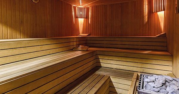 Club Aydınoğlu Rouyal Spa'da ıslak alan kullanımı ve içecek ikramı dahil 40 dakika masaj seçenekleri 69 TL'den başlayan fiyatlarla! Fırsatın geçerlilik tarihi için DETAYLAR bölümünü inceleyiniz.