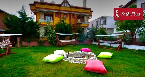 Villa Park Ağva'da kahvaltı dahil çift kişilik 1 gece konaklama keyfi 230 TL'den başlayan fiyatlarla! Fırsatın geçerlilik tarihi için, DETAYLAR bölümünü inceleyiniz.