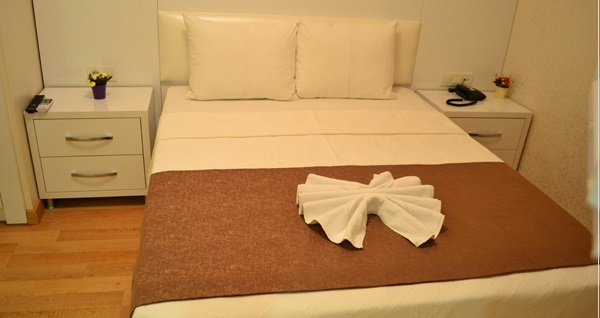 Blue İstanbul Hotel'de çift kişilik 1 gece konaklama seçenekleri