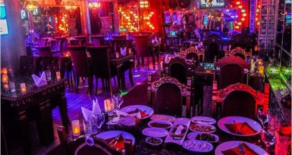Galata Secret Point Restaurant'ta 2 adet yerli içecek eşliğinde menü 200 TL yerine 59 TL! Fırsatın geçerlilik tarihi için DETAYLAR bölümünü inceleyiniz.