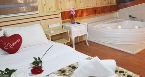 Ay Işığı Otel Ağva'da kahvaltı dahil çift kişilik 1 gece konaklama seçenekleri 149 TL'den başlayan fiyatlarla! Fırsatın geçerlilik tarihi için DETAYLAR bölümünü inceleyiniz.