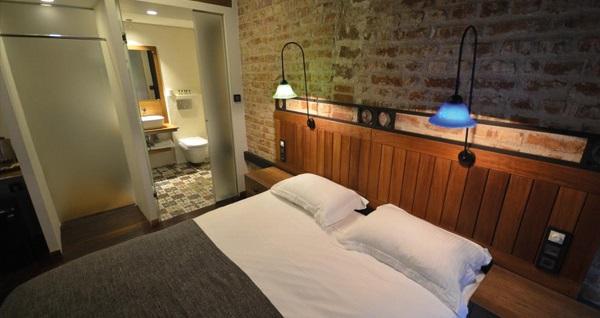 Ünver Galata Apart'ın farklı odalarında çift kişilik 1 gece konaklama keyfi 229 TL'den başlayan fiyatlarla! Fırsatın geçerlilik tarihi için, DETAYLAR bölümünü inceleyiniz.