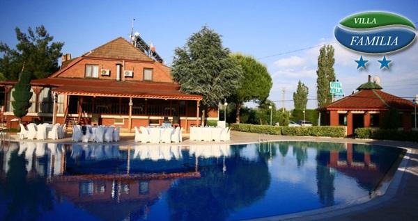 Orhangazi Otel Villa Familia'da havuz kullanımı ve kahvaltı dahil konaklama keyfi 249 TL'den başlayan fiyatlarla! Fırsatın geçerlilik tarihi için DETAYLAR bölümünü inceleyiniz.