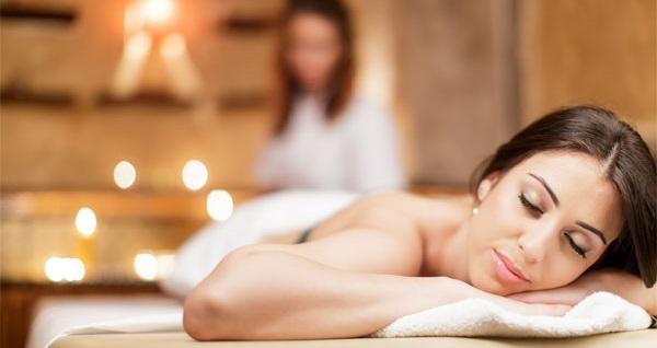 Kavaklıdere Royal Hotel'de 45 dakikalık klasik masaj, spa kullanımı ve içecek ikramı 170 TL yerine 89 TL! Fırsatın geçerlilik tarihi için, DETAYLAR bölümünü inceleyiniz.