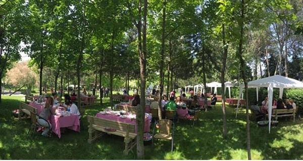 Sheraton Istanbul Ataköy Hotel'de piknik sepeti menüsü 119 TL! Fırsatın geçerlilik tarihi için DETAYLAR bölümünü inceleyiniz.