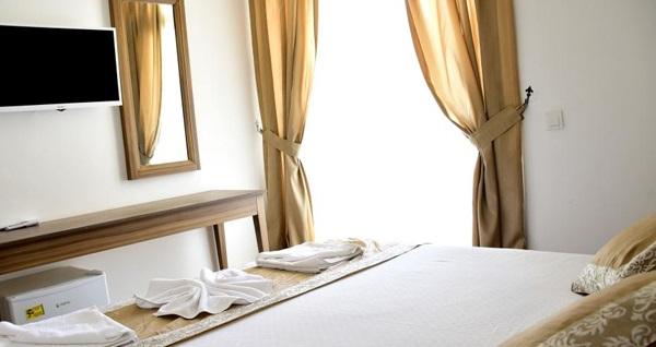 Le Chance Hotel & Spa Bodrum'da kahvaltı dahil çift kişilik 1 gece konaklama 299 TL'den başlayan fiyatlarla! Fırsatın geçerlilik tarihi için DETAYLAR bölümünü inceleyiniz.