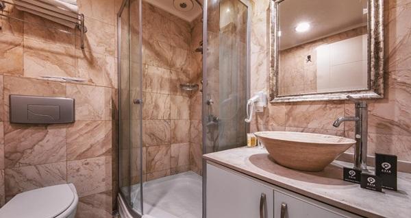 Ataşehir Asia Business Suites'te kahvaltı dahil çift kişilik 1 gece konaklama seçenekleri 220 TL'den başlayan fiyatlarla! Fırsatın geçerlilik tarihi için, DETAYLAR bölümünü inceleyiniz.