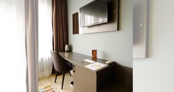 Eskişehir'in güler yüzlü adresi Atos Otel'de tek veya çift kişilik 1 gece konaklama seçenekleri 150 TL'den başlayan fiyatlarla! Fırsatın geçerlilik tarihi için, DETAYLAR bölümünü inceleyiniz.