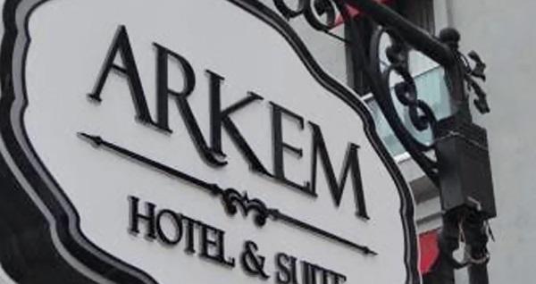 Anadolu yakasındaki ikinci eviniz Maltepe Arkem Hotel 2'de çift kişilik 1 gece konaklama 99 TL! Fırsatın geçerlilik tarihi için, DETAYLAR bölümünü inceleyiniz.