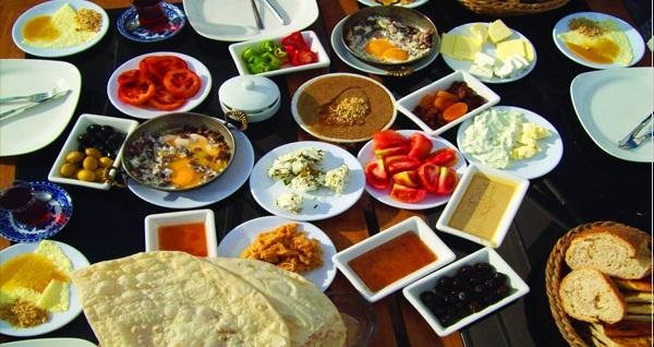 Yeni nesil mekan Meşk Cafe'de zengin içerikli kahvaltı seçenekleri 20 TL'den başlayan fiyatlarla! Fırsatın geçerlilik tarihi için DETAYLAR bölümünü inceleyiniz.