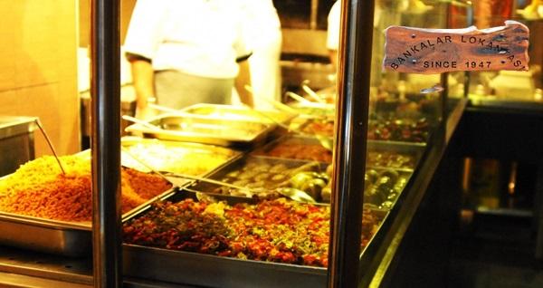 Geleneksel lezzetlerin adresi Karaköy Bankalar Lokantası'nda özel ızgara menüleri 39,90 TL'den başlayan fiyatlarla! Fırsatın geçerlilik tarihi için DETAYLAR bölümünü inceleyiniz.