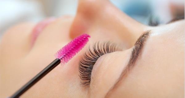 Rytim Beauty Lounge'de kirpik liftingi 200 TL yerine 69,90 TL! Fırsatın geçerlilik tarihi için DETAYLAR bölümünü inceleyiniz.