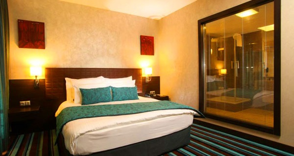 Ankara'nın güler yüzlü adresi Notte Hotel'de kahvaltı dahil çift kişilik 1 gece konaklama 220 TL yerine 159 TL! Fırsatın geçerlilik tarihi için, DETAYLAR bölümünü inceleyiniz.