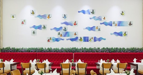 Rox Hotel Airport'ta enfes iftar menüsü kişi başı 69 TL'den başlayan fiyatlarla! Bu fırsat 6 Mayıs - 3 Haziran 2019 tarihleri arasında, iftar saatinde geçerlidir.