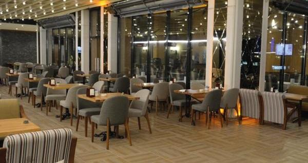 Ataşehir Vois Hotel'de çift kişilik 1 gece konaklama seçenekleri 169 TL'den başlayan fiyatlarla! Fırsatın geçerlilik tarihi için, DETAYLAR bölümünü inceleyiniz.