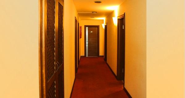A Diamond Hotel Sapanca'da çift kişilik 1 gece konaklama 344 TL'den başlayan fiyatlarla! Fırsatın geçerlilik tarihi için DETAYLAR bölümünü inceleyiniz.