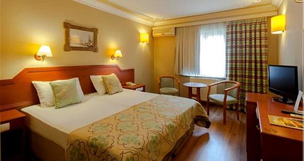 Çekirge Boyugüzel Termal Hotel'de kahvaltı dahil tek veya çift kişilik 1 gece konaklama seçenekleri 229 TL'den başlayan fiyatlarla! Fırsatın geçerlilik tarihi için DETAYLAR bölümünü inceleyiniz.