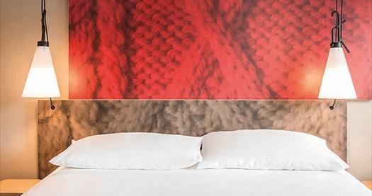 YILBAŞI DAHİL! İbis İstanbul Tuzla Hotel'de çift kişilik 1 gece konaklama seçenekleri 139 TL'den başlayan fiyatlarla! Fırsatın geçerlilik tarihi için, DETAYLAR bölümünü inceleyiniz.