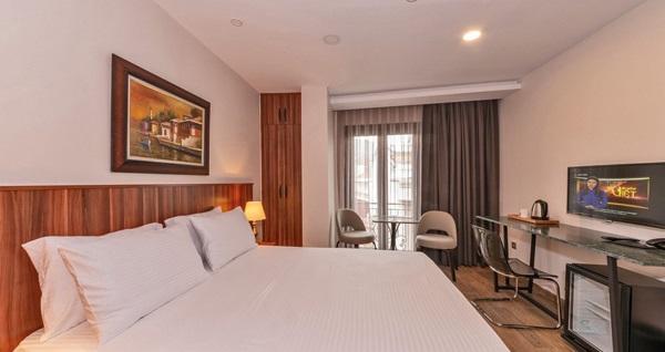 Bomonti La Wisteria Boutique Hotel İstanbul'da şehir merkezinde çift kişi 1 gece konaklama 189 TL'den başlayan fiyatlarla! Fırsatın geçerlilik tarihi için DETAYLAR bölümünü inceleyiniz.