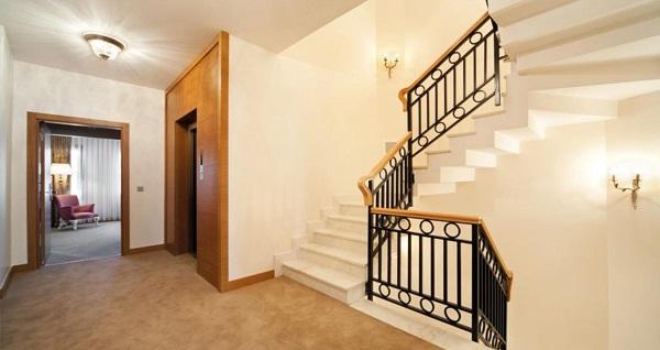 Beyoğlu Gravis Suites'te çift kişilik 1 gece konaklama 179 TL'den başlayan fiyatlarla! Fırsatın geçerlilik tarihi için, DETAYLAR bölümünü inceleyiniz.