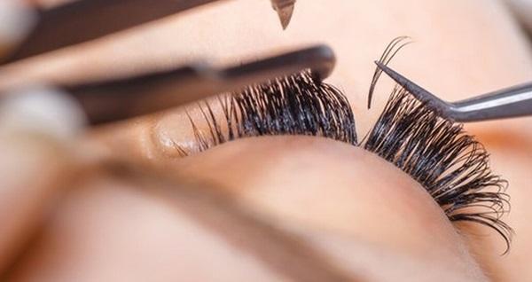 S Beauty Güzellik Merkezi'nden kirpik lifting ve ipek kirpik uygulamaları 49,90 TL'den başlayan fiyatlarla! Fırsatın geçerlilik tarihi için DETAYLAR bölümünü inceleyiniz.