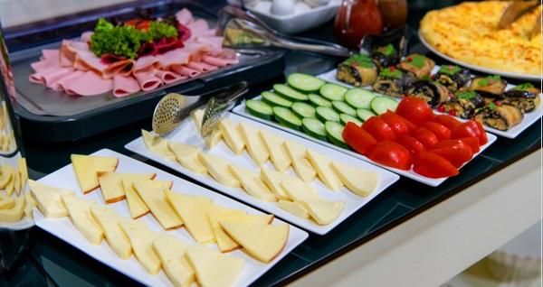 Anka Business Park Hotel Küçükyalı'da açık büfe kahvaltı keyfi 20 TL! Fırsatın geçerlilik tarihi için DETAYLAR bölümünü inceleyiniz.