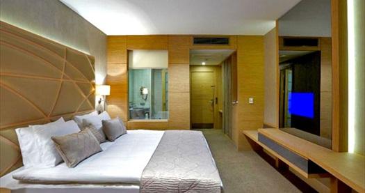 Dragos Cevahir Hotel İstanbul Asia'da kahvaltı dahil çift kişilik 1 gece konaklama ve spa keyfi 189 TL'den başlayan fiyatlarla! Fırsatın geçerlilik tarihi için, DETAYLAR bölümünü inceleyiniz.