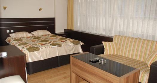 Çağlayan Hotel İstanbul'da kahvaltı dahil tek veya çift kişilik 1 gece konaklama seçenekleri 139 TL'den başlayan fiyatlarla! Fırsatın geçerlilik tarihi için, DETAYLAR bölümünü inceleyiniz.