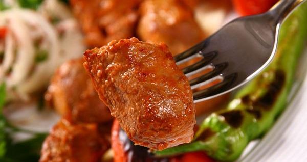 Beylerbeyi Ziya Şark Sofrası'nda kebap seçenekleri ile lezzet dolu menü 54,90 TL! Fırsatın geçerlilik tarihi için DETAYLAR bölümünü inceleyiniz. Fırsat özel günlerde geçerli değildir.