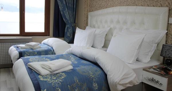 Silivri Selimpaşa Konağı Hotel'de muhteşem yılbaşı galası ve konaklama kişi başı 239 TL'den başlayan fiyatlarla! 31 Aralık 2018 yılbaşı gecesinde geçerlidir.