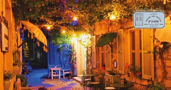 Meydan d'Azur Alaçatı'da kahvaltı dahil çift kişilik 1 gece konaklama 199 TL'den başlayan fiyatlarla! Fırsatın geçerlilik tarihi için, DETAYLAR bölümünü inceleyiniz.