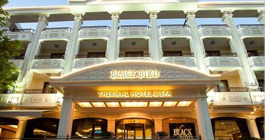 Yalova Black Bird Thermal Hotel'de kahvaltı dahil çift kişilik 1 gece konaklama 489 TL'den başlayan fiyatlarla! Fırsatın geçerlilik tarihi için DETAYLAR bölümünü inceleyiniz.