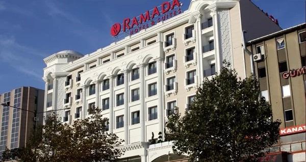 Merter Ramada Hotel&Suites'te çift kişilik 1 gece konaklama seçenekleri 179 TL'den başlayan fiyatlarla! Fırsatın geçerlilik tarihi için, DETAYLAR bölümünü inceleyiniz.