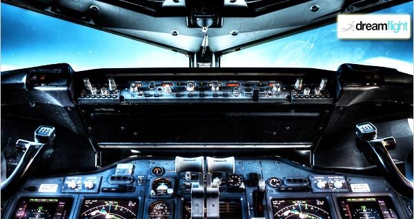 Galleria AVM DreamFlight'ta profesyonel uçak simülatöründe 30 ve 60 dakikalık uçuş deneyimi 129 TL'den başlayan fiyatlarla! Fırsatın geçerlilik tarihi için DETAYLAR bölümünü inceleyiniz.