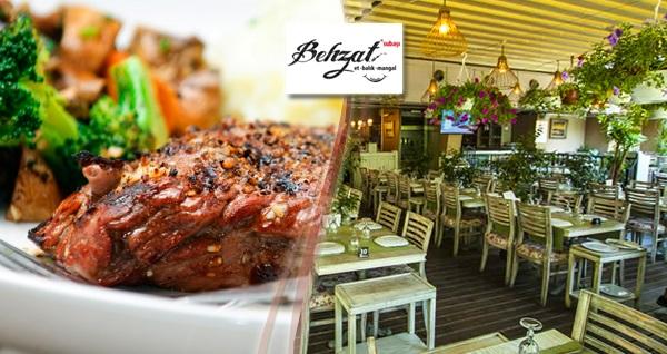Çankaya Behzat Subaşı Et Balık Mangal'ın leziz iftar menüsü kişi başı 69 TL! Bu fırsat 6 Mayıs - 3 Haziran 2019 tarihleri arasında, iftar saatinde geçerlidir.