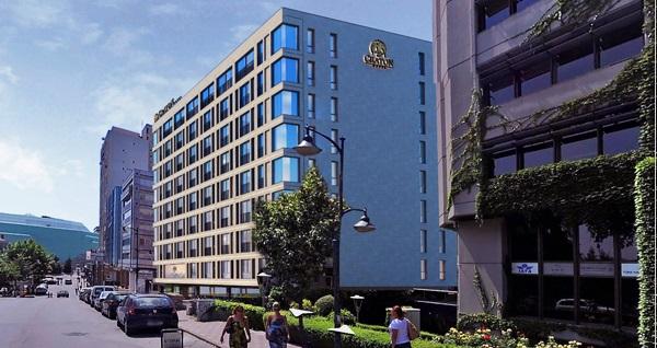 The Craton Hotel Spa'da gelin hamamı paketleri 80 TL'den başlayan fiyatlarla! Fırsatın geçerlilik tarihi için DETAYLAR bölümünü inceleyiniz.