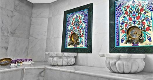 Şişli White Monarch Hotel'de ıslak alan kullanımı, kese köpük masajı ve masaj kullanımından oluşan keyif paketleri 49 TL'den başlayan fiyatlarla! Fırsatın geçerlilik tarihi için DETAYLAR bölümünü inceleyiniz. Islak alan kullanımına; havuz, buhar ve hamam dahildir.