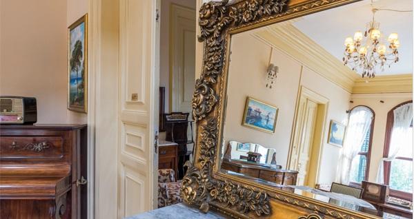 140 yıllık tarihiyle Büyükada Anastasia Meziki Hotel'de çift kişilik konaklama seçenekleri 229 TL'den başlayan fiyatlarla! Fırsatın geçerlilik tarihi için DETAYLAR bölümünü inceleyiniz.