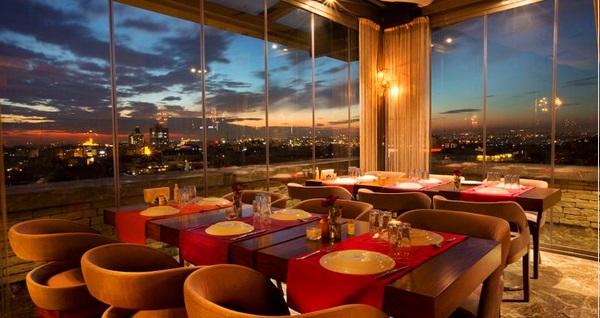 Taksim Pera Center Hotel'de çift kişilik 1 gece kahvaltı dahil konaklama keyfi 350 TL yerine 237 TL! Fırsatın geçerlilik tarihi için DETAYLAR bölümünü inceleyiniz.