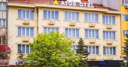 Eskişehir'in güler yüzlü adresi Atos Otel'de Nehir veya Şehir Manzaralı odalarda tek veya çift kişilik 1 gece konaklama seçenekleri 160 TL'den başlayan fiyatlarla! Fırsatın geçerlilik tarihi için DETAYLAR bölümünü inceleyiniz.
