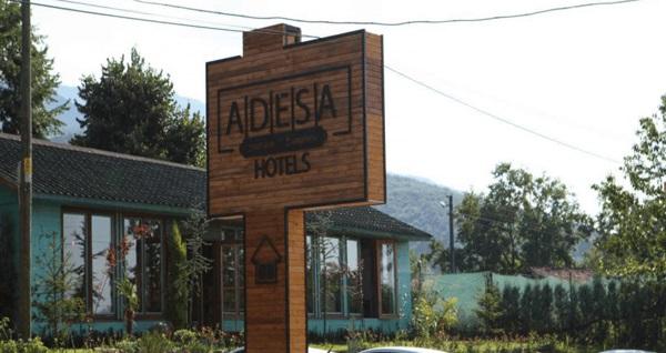 Adesa Bungalow Hotel'de çift kişilik 1 gece sadece konaklama 219 TL! Fırsatın geçerlilik tarihi için DETAYLAR bölümünü inceleyiniz.