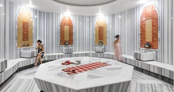 İstanbul Medikal Termal Hotel'de açık havuz kullanımı seçenekleri 59 TL'den başlayan fiyatlarla! Fırsatın geçerlilik tarihi için DETAYLAR bölümünü inceleyiniz.