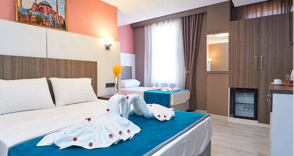 Blue İstanbul Hotel Sultanahmet'te tek veya çift kişi kahvaltı dahil 1 gecelik konaklama seçenekleri 189 TL'den başlayan fiyatlarla! Fırsatın geçerlilik tarihi için DETAYLAR bölümünü inceleyiniz.