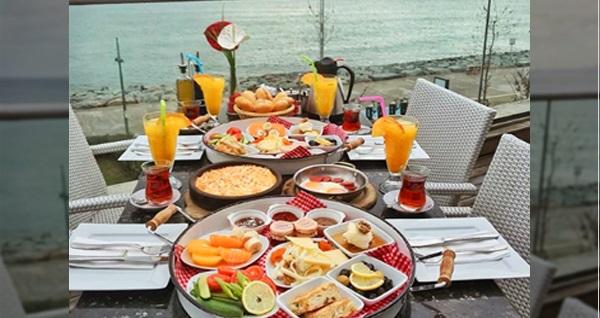 Aqua Florya Mado'da zengin içerikli kahvaltı menüsü 25 TL'den başlayan fiyatlarla! Fırsatın geçerlilik tarihi için DETAYLAR bölümünü inceleyiniz.