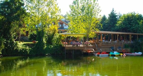 Ağva Tree Tops Park Restaurant'ta nehir kıyısında serpme kahvaltı ve 30 dakikalık kano keyfi 39,90 TL! Fırsatın geçerlilik tarihi için DETAYLAR bölümünü inceleyiniz.
