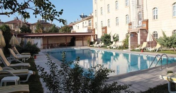 Taşsaray Hotel Kapadokya'da çift kişilik 1 gece konaklama seçenekleri 189 TL'den başlayan fiyatlarla! Fırsatın geçerlilik tarihi için, DETAYLAR bölümünü inceleyiniz.