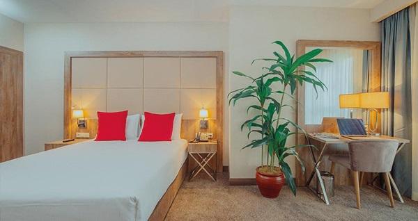 Ibis Styles İstanbul Bomonti Hotel'de çift kişilik 1 gece konaklama seçenekleri 229 TL'den başlayan fiyatlarla! Fırsatın geçerlilik tarihi için DETAYLAR bölümünü inceleyiniz.