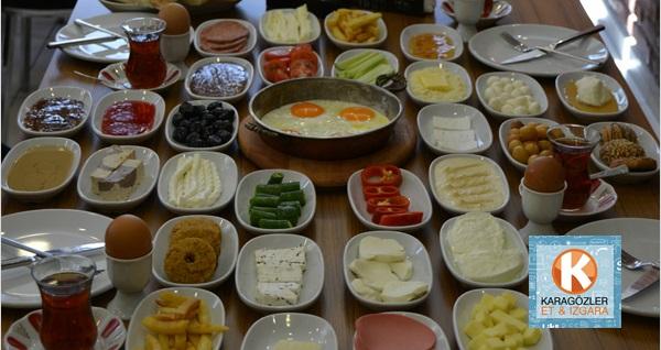 Karagözler Et & Izgara & Şarküteri'de serpme kahvaltı 29,50 TL! Fırsatın geçerlilik tarihi için DETAYLAR bölümünü inceleyiniz.
